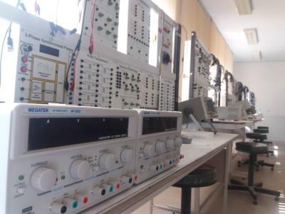 آزمایشگاه الکترونیک صنعتی (آموزشی)
