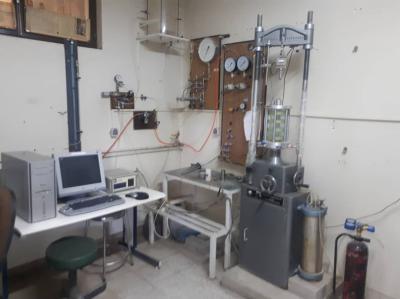 آزمایشگاه مکانیک خاک (آموزشی)